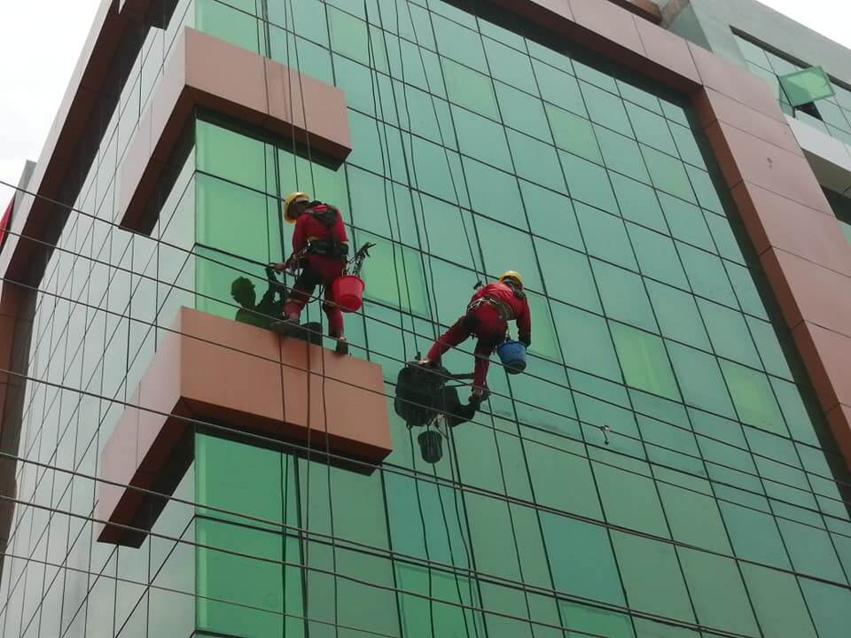 Rope Access Technology for Commercial Buildings